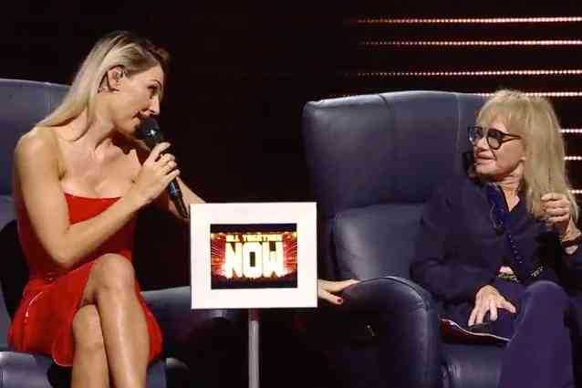 Rita Pavone fa una battuta su Anna Tatangelo lei va fuori di sé