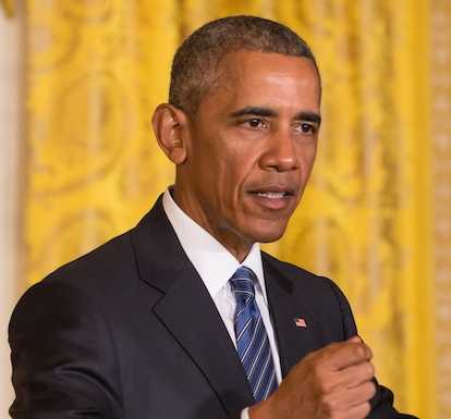 Barack Obama fa una mega festa con 700 invitati per i 60 anni scoppia la polemica