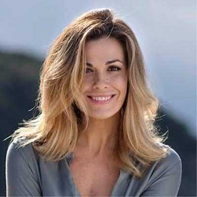 Vanessa Incontrada pioggia d'insulti dopo il Tapiro ad Ambra blocca i commenti sui social