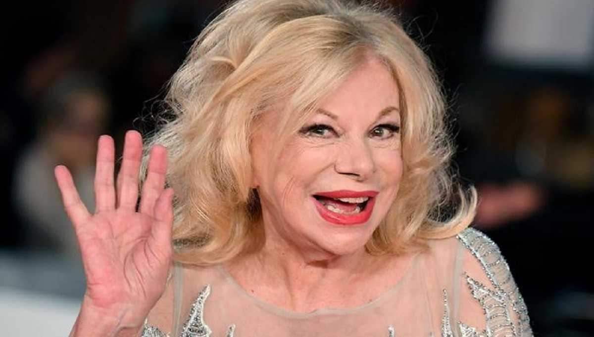 Sandra Milo e la storia d'amore con Fellini svela tutti i retroscena
