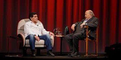 Diego Armando Maradona vs Icardi al programma di Costanzo