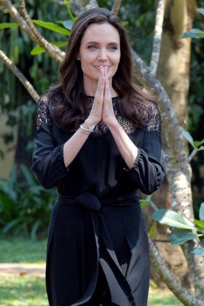 Angelina Jolie con Brad Pitt saremo sempre una famiglia