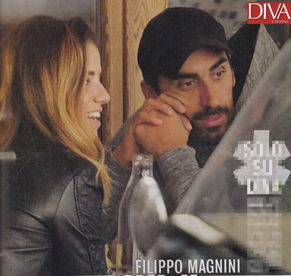 Filippo Magnini in compagnia di una bionda
