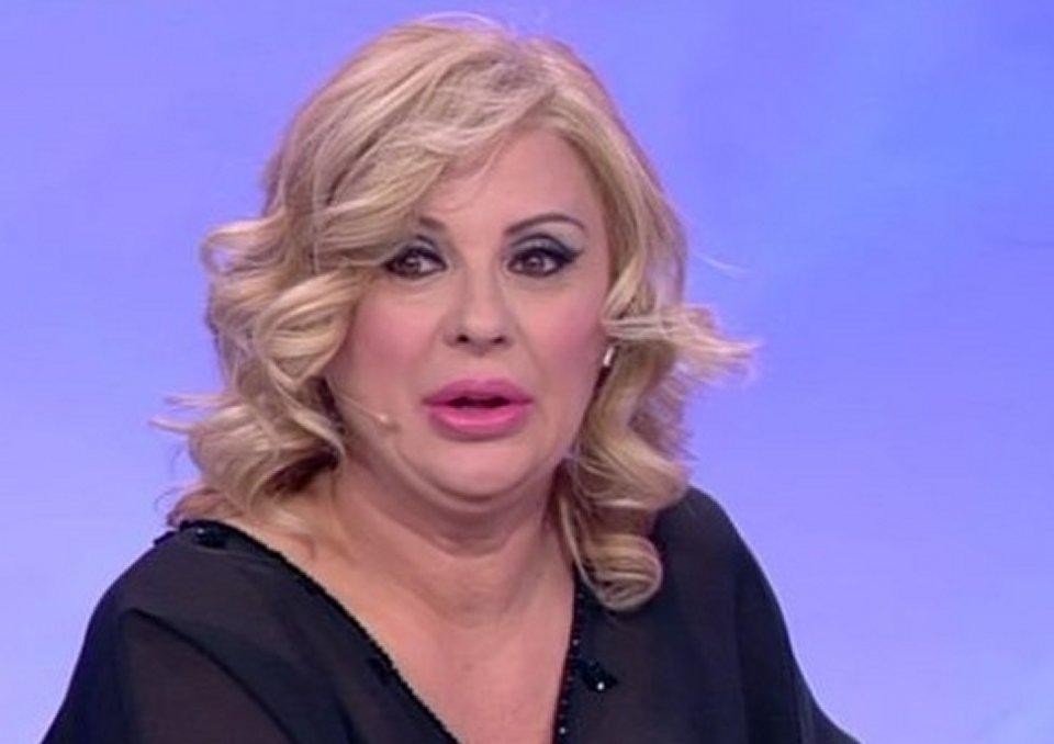 Uomini e Donne Tina Cipollari diventa tronista