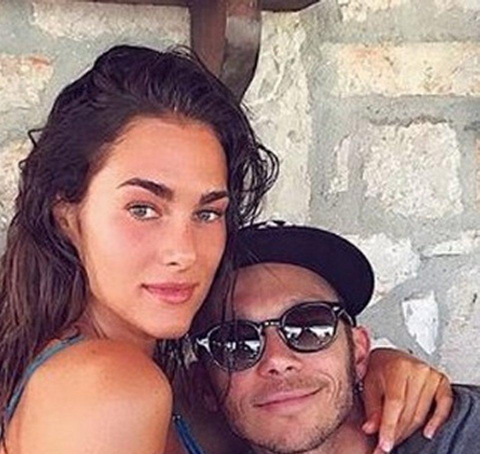 L'amore tra Valentino Rossi e Francesca Sofia Novello è social