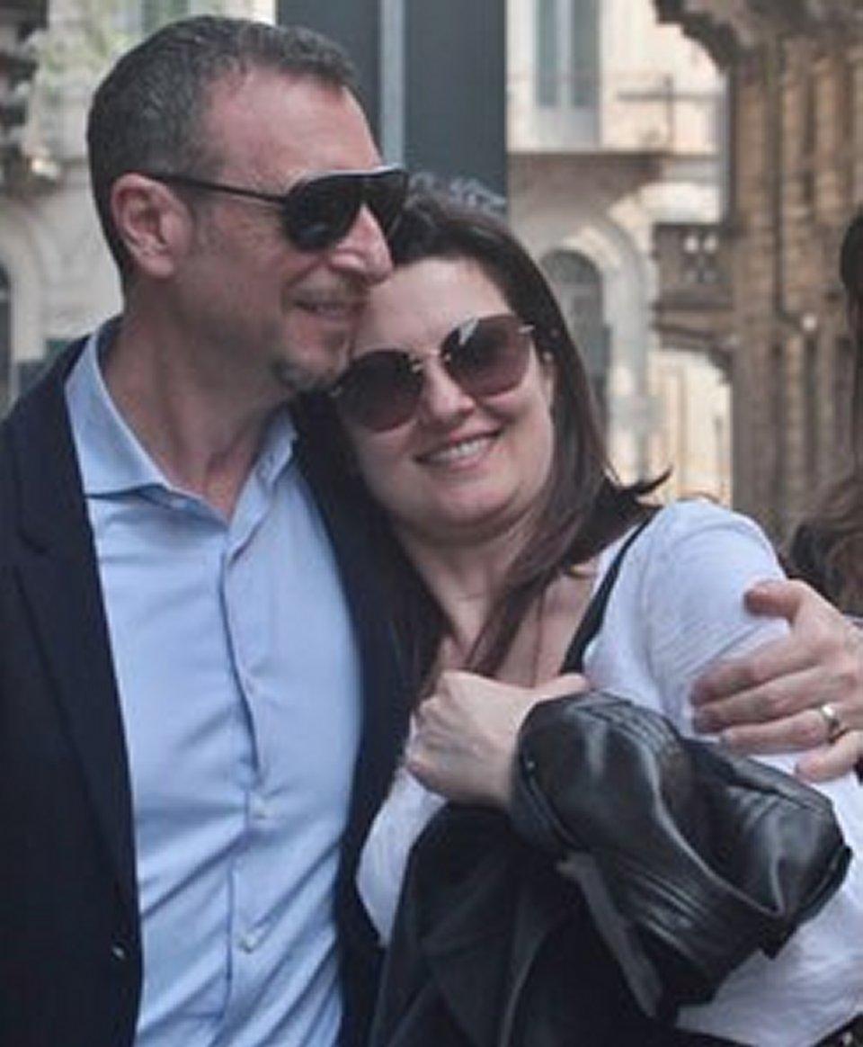 Amadeus ricorda commosso il giorno del matrimonio con Giovanna