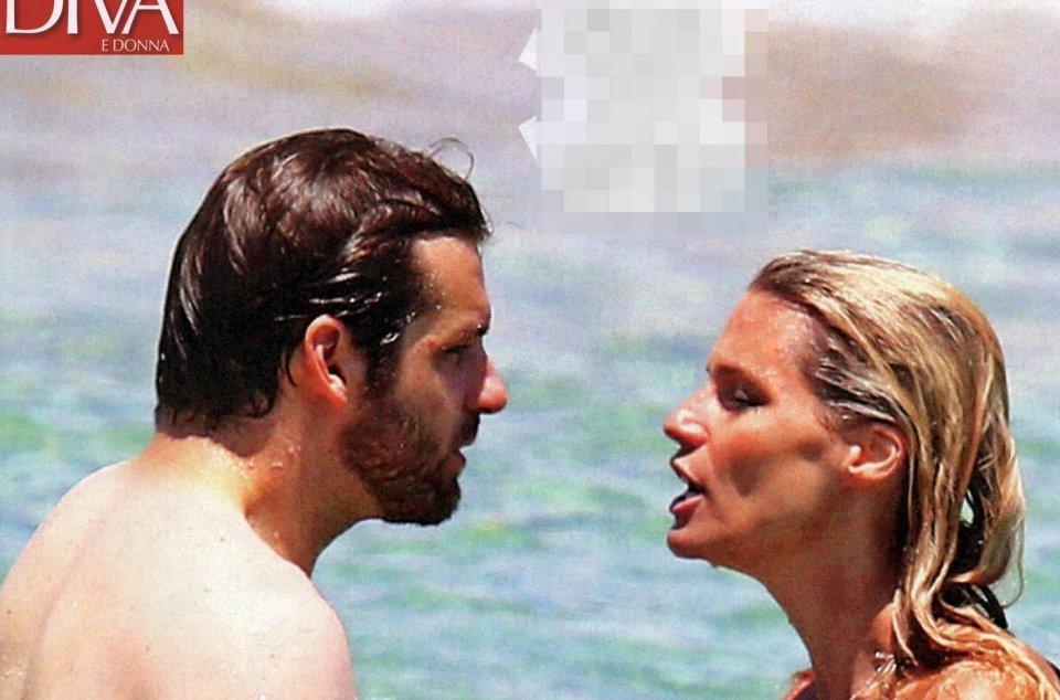In vacanza al mare Michelle Hunziker litiga con Tomaso Trussardi