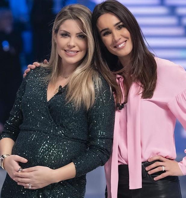 Costanza Caracciolo annuncia la sua seconda gravidanza dalla Toffanin