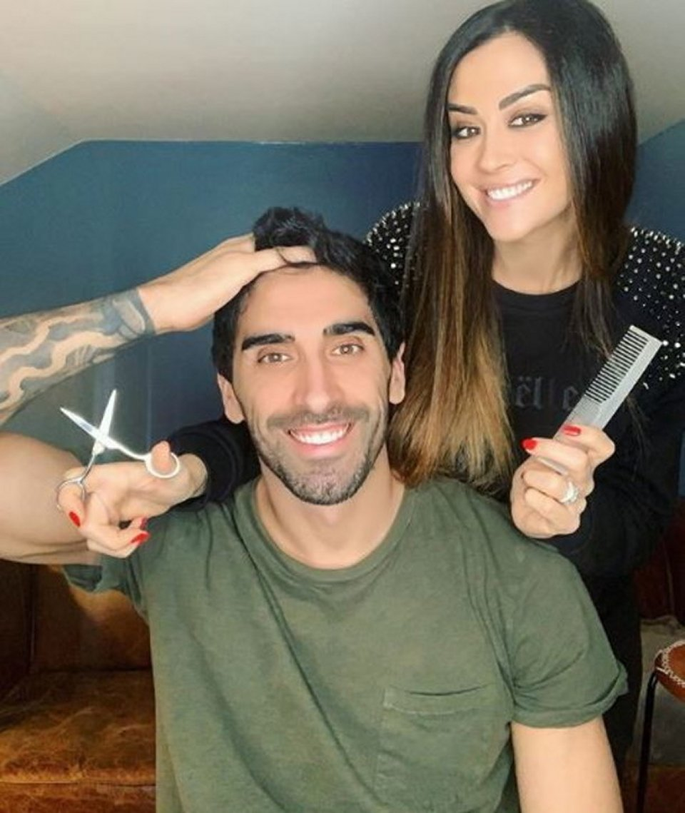 Giorgia Palmas barbiere a domicilio per Filippo Magnini