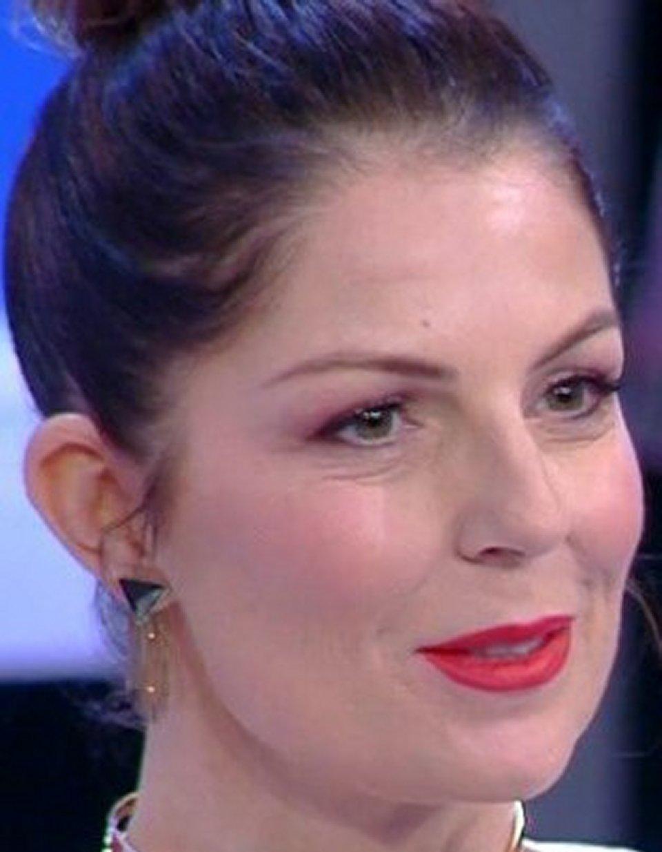 Marina La Rosa rivela il mio ex fidanzato mi picchiava e non ho detto niente
