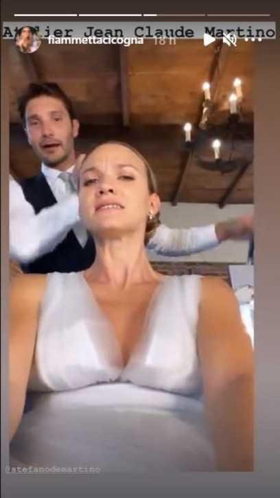 Stefano De Martino e Fiammetta Cicogna celebrano le loro nozze finte sul set