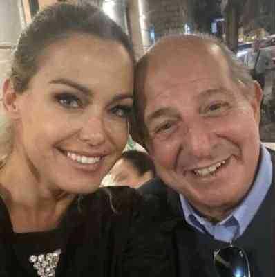 Sonia Bruganelli la foto con Giancarlo Magalli fa scoppia una lite con Adriana Volpe
