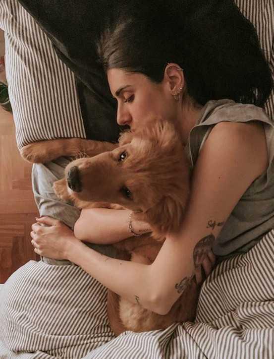 Valentina Vignali il suo cane era sparito e lancia un'appello sui social e anche  i ladri entrano in casa