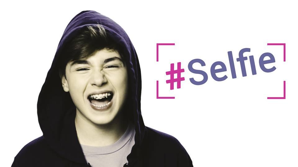 """Grande successo per il videoclip """" SELFIE"""" di Andrea Settembre"""