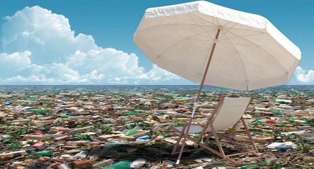 Sveglia Gente - Il mare di plastica non è una cosa che si vede solo in Tv ...tutta questa porcheria entra nella nostra catena alimentare!