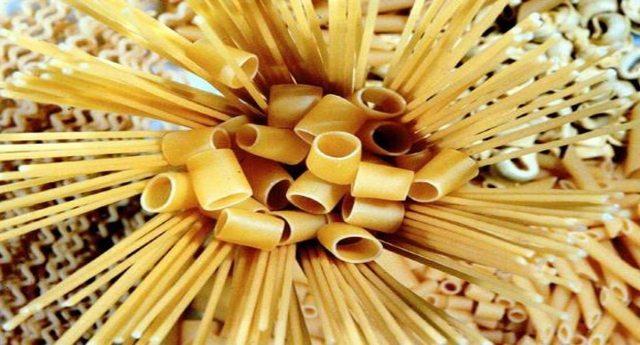 L'accusa di Coldiretti, su 7,6 miliardi di kg di grano estero sbarcato in Italia, solo 25 analisi e nessuna per il Glifofato! Così tutelano la nostra salute? Sono forse complici?