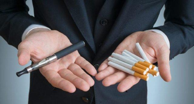 """Stangata di Stato sulle sigarette elettroniche: """"Se passa converrà tornare alle sigarette""""... Un altro regalo alle Lobby amiche sulla pelle della Gente?"""