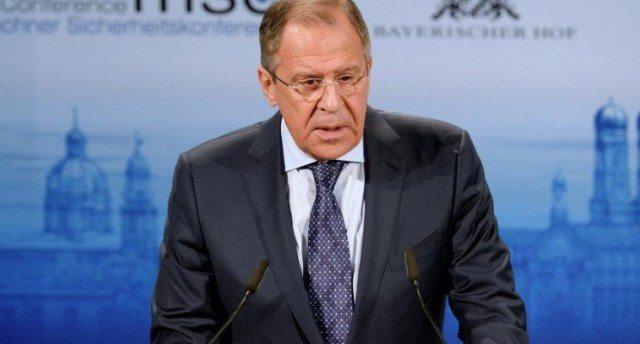 """Il ministro degli Esteri russo Sergey Lavrov: noi non causiamo guerre come gli Stati Uniti con il pretesto di """"esportare la democrazia"""""""