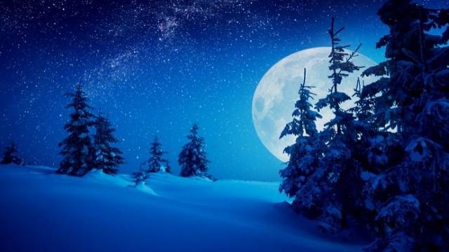 Dal cielo un altro grande spettacolo: la superluna del 19 febbraio, sarà la luna piena più grande e spettacolare del 2019...!