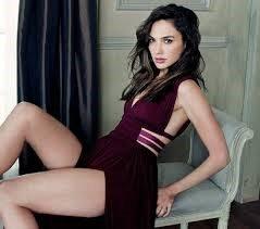 Chi è la sexy Wonder Woman?