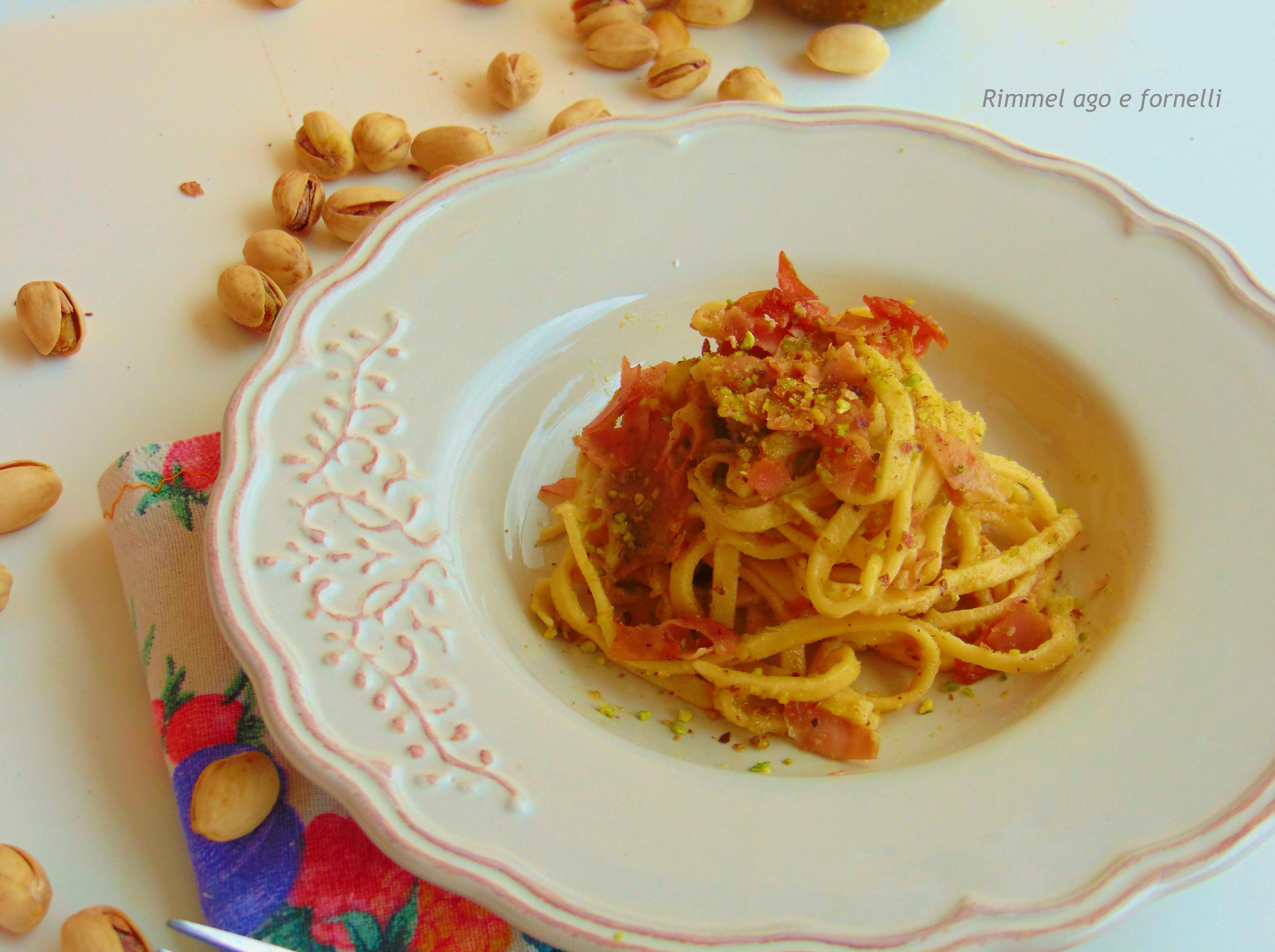 Trenette pistacchio e mortadella