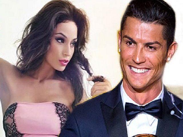Raffaella Fico e Alessandro Moggi in crisi: c'entra Cristiano Ronaldo