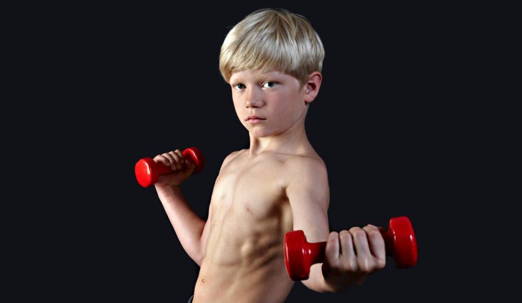 Attente mamme, dopo l'anoressia e la bulimia arriva la vigoressia: il disturbo alimentare dei ragazzini