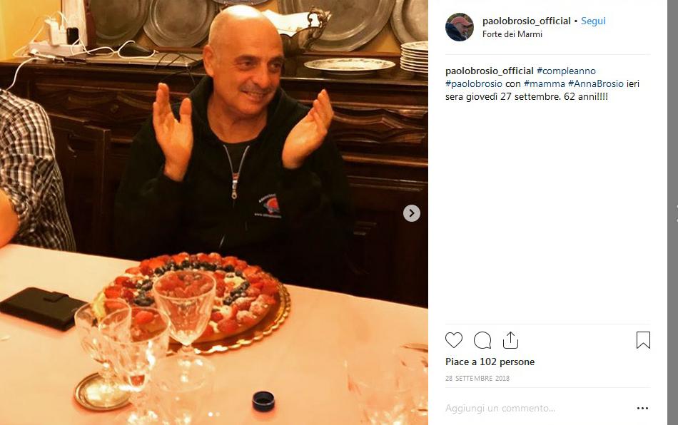 Isola dei Famosi 2019, Paolo Brosio e le naufraghe in bikini: «Prego la Madonna che mi faccia rimanere saldo»