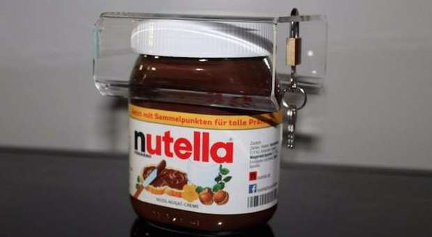 Nutella, Ferrero sospende la produzione: «Anomalie nel livello di qualità»