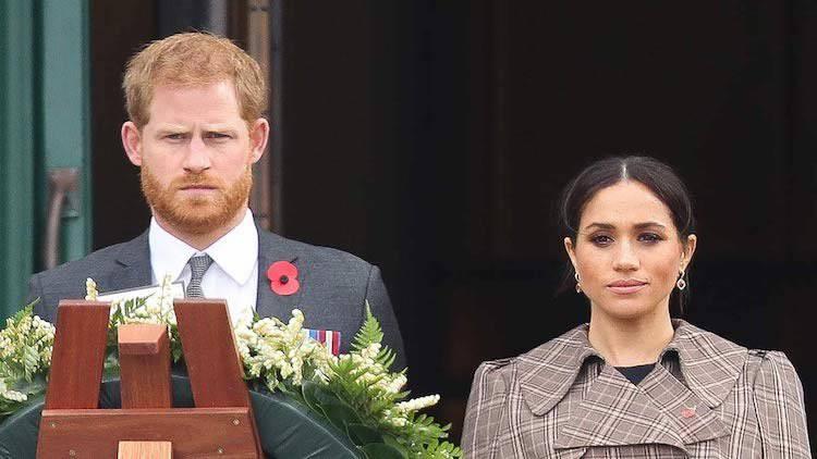 """Meghan Markle e Harry abbandonati dalla famiglia: """"Mai più in Inghilterra�"""