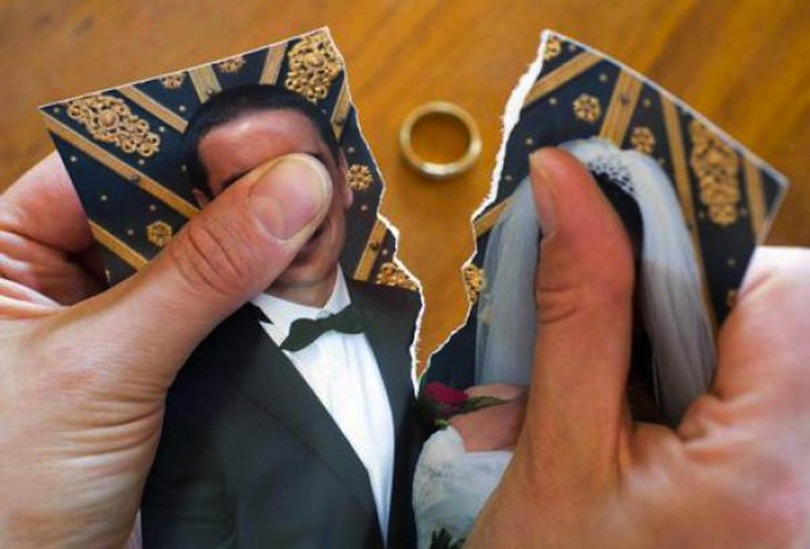 La Cassazione conferma: la nuova convivenza fa perdere all'ex moglie l'assegno divorzile