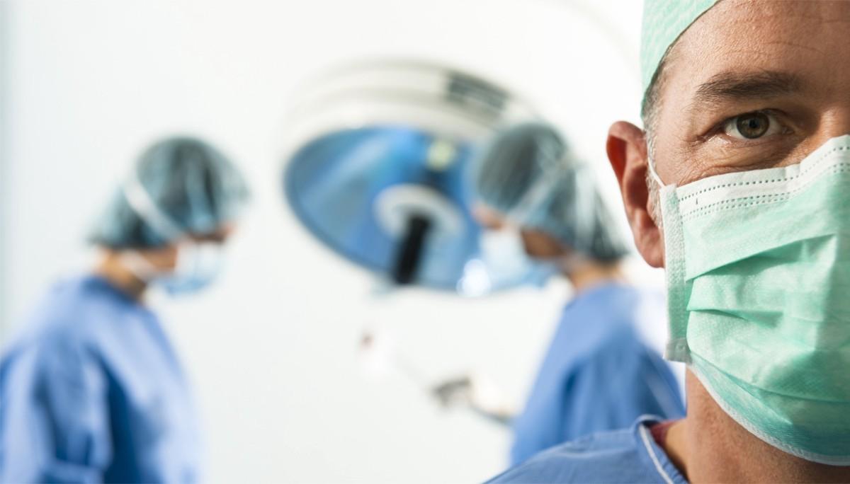 Responsabilità medica: il danno da perdita parentale ha natura extracontrattuale