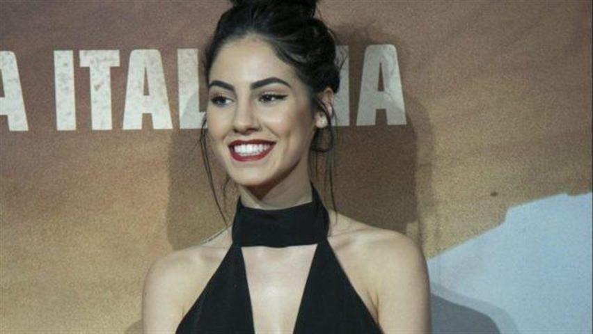 Giulia De Lellis bacchetta le sue fan: «Sono scioccata che non lo abbiate notato»