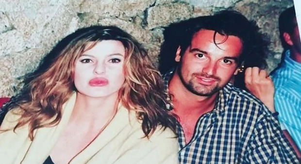 Alba Parietti e la foto del 1994 con Giovanni Ciacci irriconoscibile