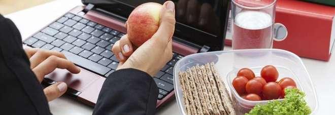 La dieta adatta per ogni professione: ecco come dimagrire in base al lavoro che si fa