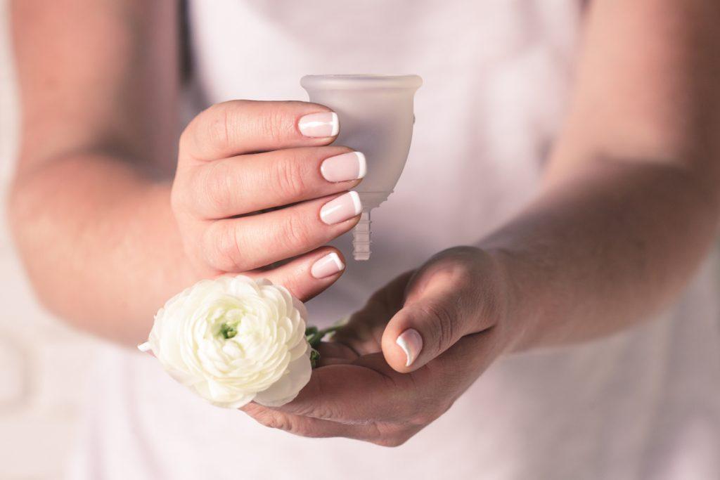 Coppetta mestruale: cos'è e come sceglierla