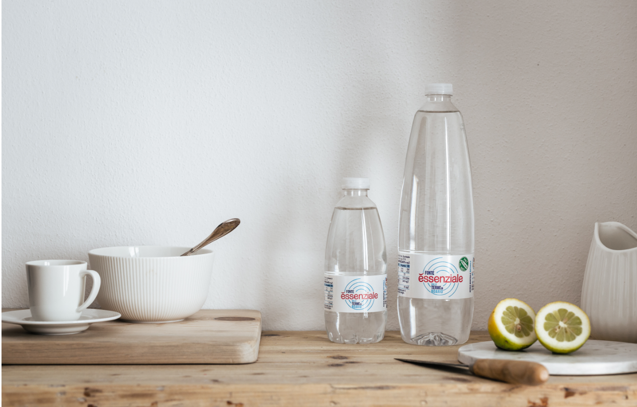 Ripartire dal proprio benessere: 2 bicchieri di acqua per sentirsi come nuovi
