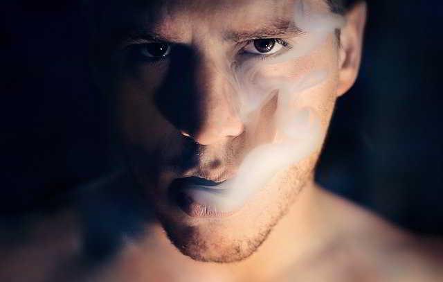 Perché fumiamo? Cosa ci spinge a fumare?