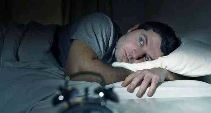 Insonnia: quali sono le cause più comuni che portano a soffrire di disturbi del sonno?