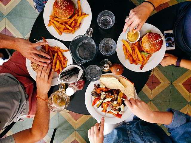 Attenzione all'alimentazione, anche in vacanza