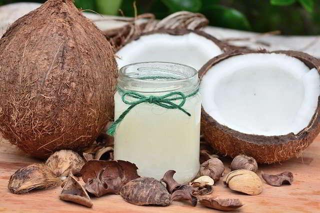 L'olio di cocco per la pelle è una buona o una cattiva idea?