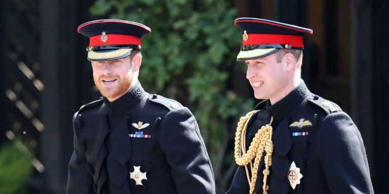 Ai funerali di Filippo nessuno indosserà la divisa (per non creare imbarazzo a Harry e Andrea)