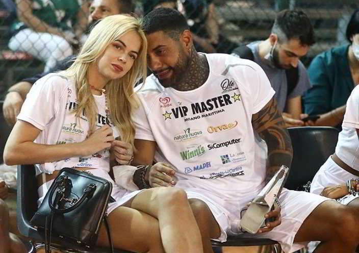 Francesco Chiofalo e Drusilla Gucci fanno coppia fissa al Vip Master a Milano Marittima