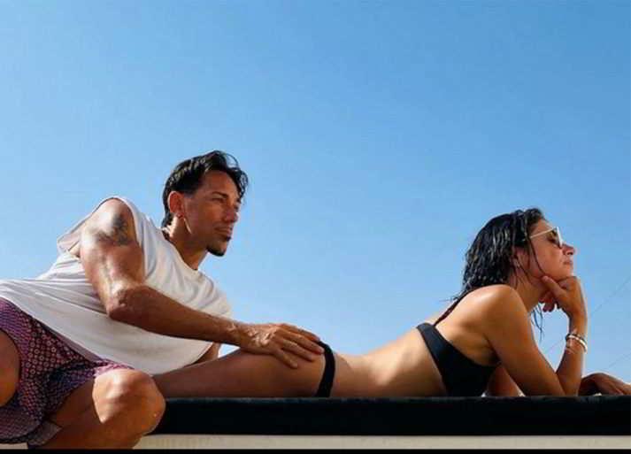 Giorgia, la foto con il fidanzato (come Jennifer Lopez e Ben Affleck)
