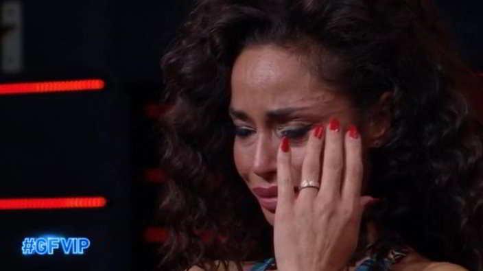 Raffaella Fico in lacrime al GF Vip: